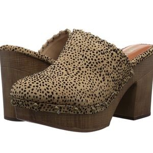 MIA poppi leopard spotted mules clogs slides